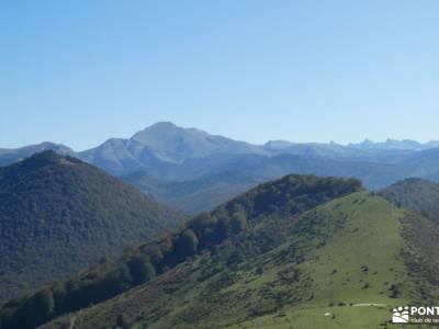 Selva de Irati - Puente del Pilar sitios de madrid para visitar excursiones senderismo grupo senderi